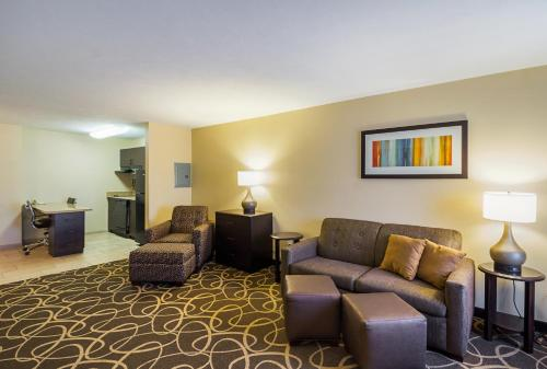 MainStay Suites Fargo Photo