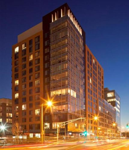 Global Luxury Suites at Kenmore Square Photo