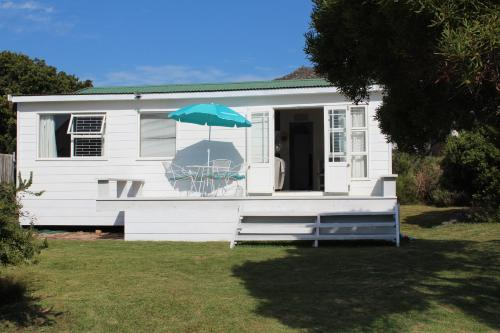 Pringles Bay Beach Holiday Home Photo