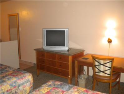Payless Inn photo 4