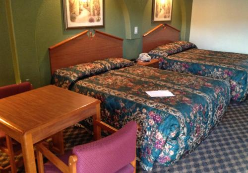 Americas Best Value Inn San Antonio Downtown I10 East - San Antonio, TX 78219