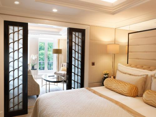 The Wellesley Knightsbridge, a Luxury Collection Hotel, London a London