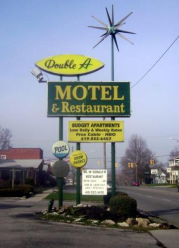 Double A Motel Photo