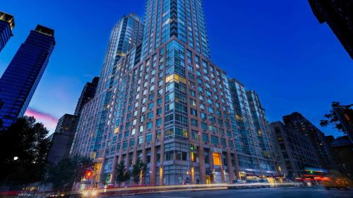 Luxurious Two Bedroom Apartment in Doorman Building - Lincoln Center photo 27