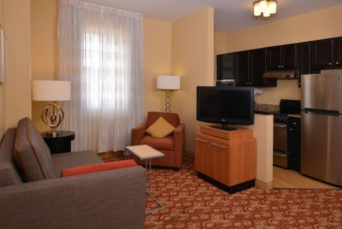 TownePlace Suites Miami Lakes Photo