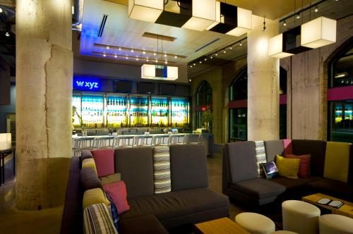 Aloft Dallas Downtown photo 9
