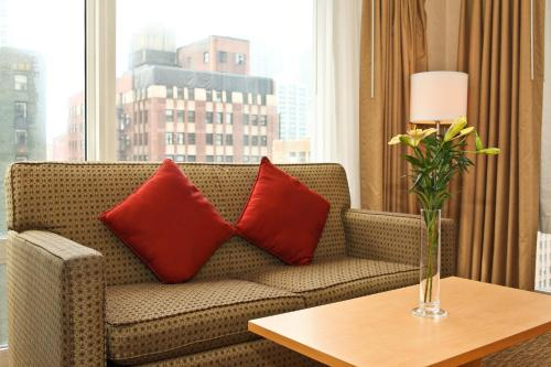 Comfort Suites Michigan Avenue photo 16