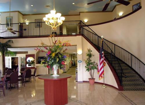 Picture of Ramada Inn - Zephyrhills