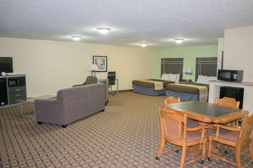 Best Western Coachlight Photo