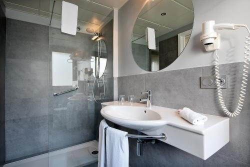 Standard Double or Twin Room - single occupancy Hostal Boutique Alcoba 3
