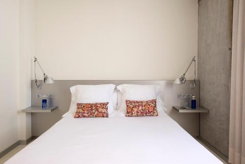 Standard Double or Twin Room - single occupancy Hostal Boutique Alcoba 6