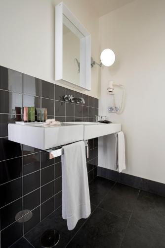 Standard Double or Twin Room - single occupancy Hostal Boutique Alcoba 12