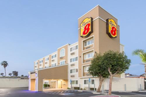 Super 8 National City Chula Vista - National City, CA 91950