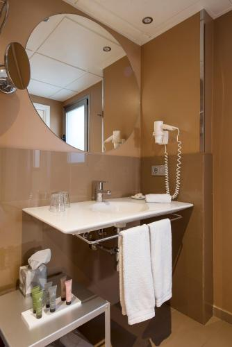Superior Double or Twin Room Hostal Boutique Alcoba 15
