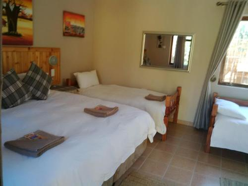 Flintstones Guest House Cape Town Photo