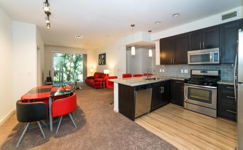 Wilshire Dream Apartment Photo