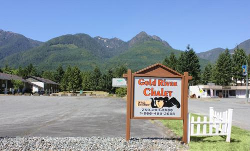 Gold River Chalet Photo