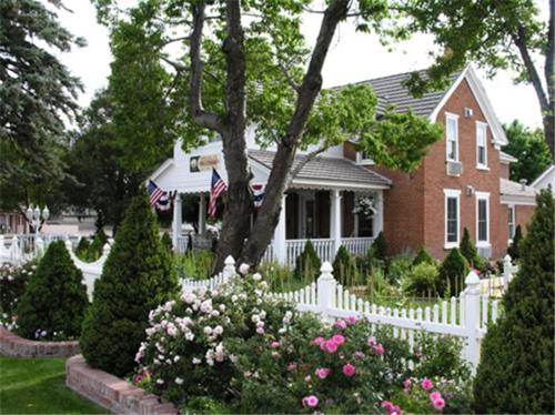 Heritage Inn – Bed And Breakfast