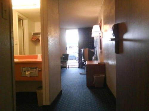 American Motel 10101 North I 70 Service Road Wheat Ridge Co Hotels Motels Mapquest