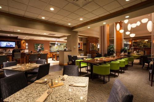 Hilton Garden Inn Louisville Airport Photo