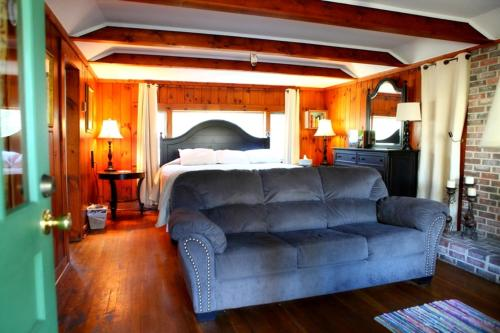 The Pines Cottages Photo
