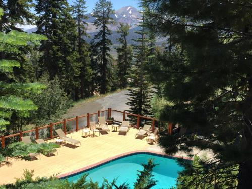 Timber Ridge Resort by 101 Great Escapes Photo