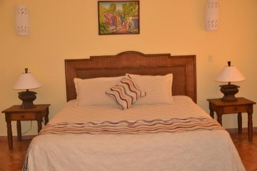 Family Oriented- Private Beach & Horse Stables - Ocean,Pool & Jacuzzi, Cabrera