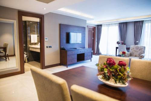 Grand Aras Hotel & Suites photo 53