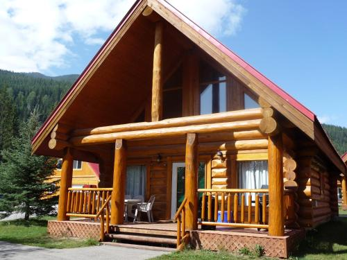 Chancellor Peak Chalets Photo