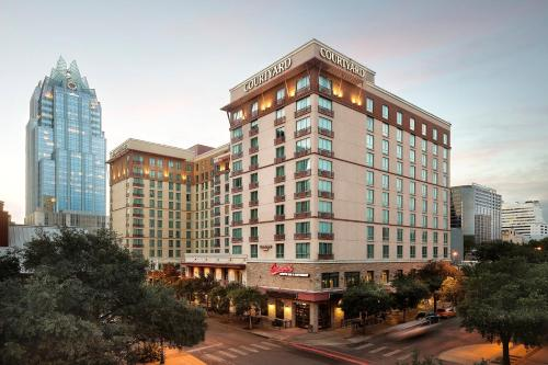 Residence Inn Austin Downtown / Convention Center Photo