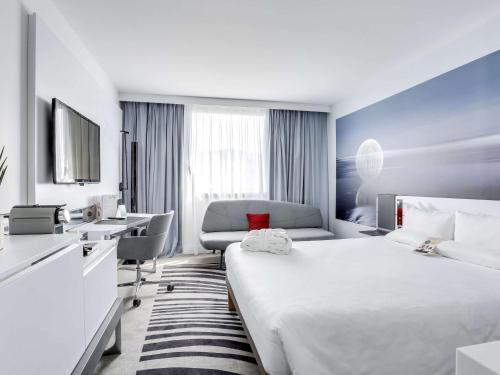 Novotel Paris Centre Gare Montparnasse photo 40