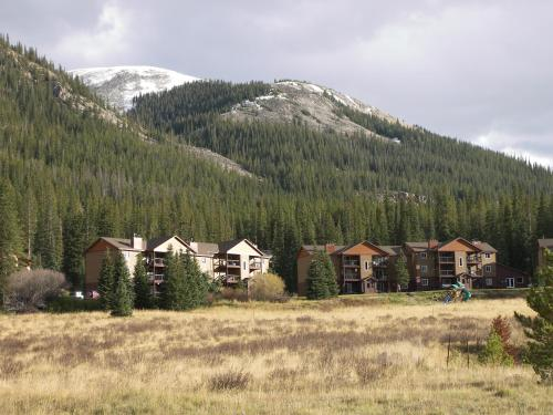 Breckenridge Resort by Rocky Mountain Resort Management Photo
