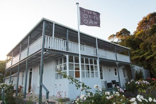 The Old Oak Boutique Hotel Photo