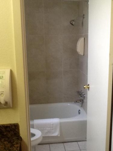Americas Best Value Inn Springerville Photo