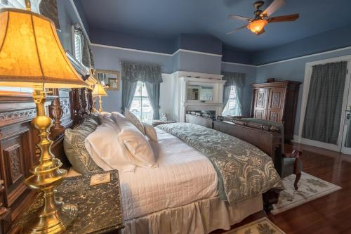 Bayfront Westcott House Bed & Breakfast Photo