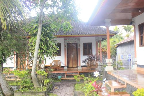 Arlina's Guest House & Restaurant With Natural Hot Spring And Pool