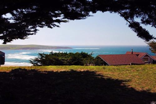 Wabi Tei Beach House - Dillon Beach, CA 94929