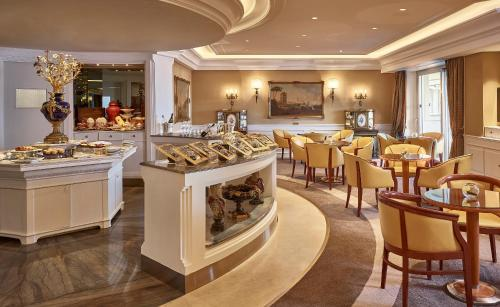Rome Cavalieri, Waldorf Astoria Hotels and Resorts photo 98