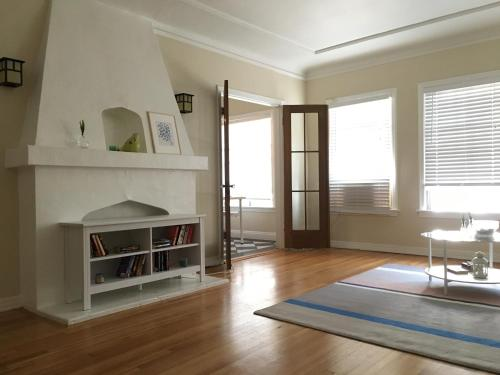 Lovely and Cozy Apartment - Los Angeles, CA 90036