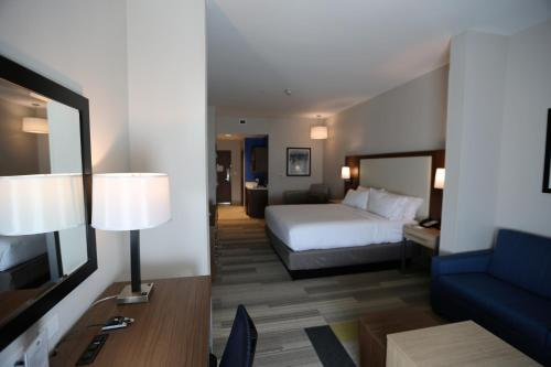 Holiday Inn Express & Suites Houston NW - Hwy 290 Cypress Photo