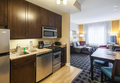 TownePlace Suites Jacksonville Butler Boulevard Photo