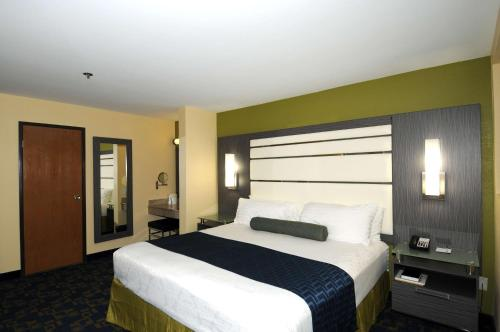 Best Western Antelope Inn & Suites Photo