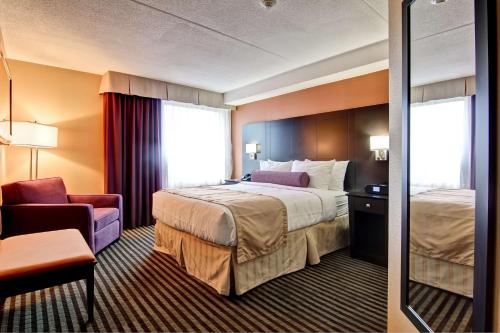Best Western Plus Toronto North York Hotel & Suites photo 23