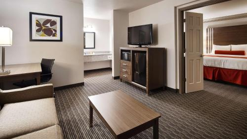 Best Western Plus Austin City photo 49
