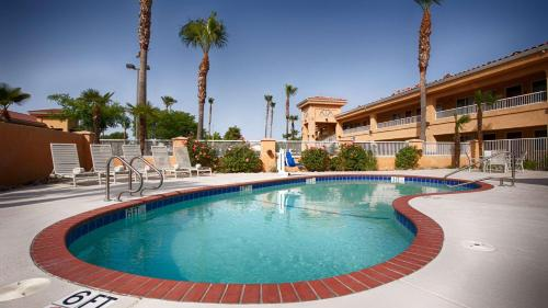 Best Western Inn & Suites Lemoore Photo