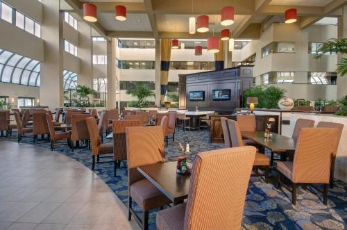 Embassy Suites by Hilton West Palm Beach Central Photo