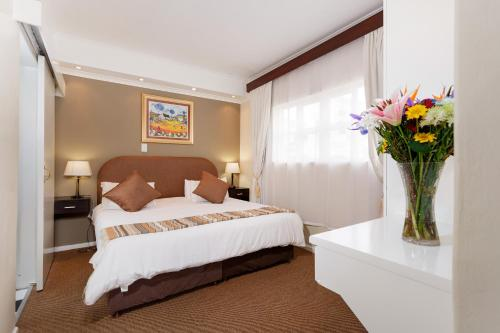 Best Western Cape Suites Hotel photo 49