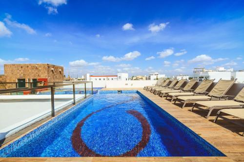 Ocean View Rooftop Pool- Klem 205, Playa del Carmen