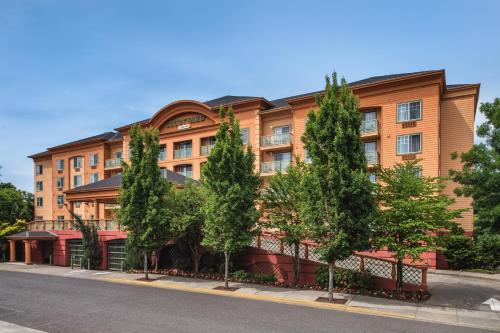 Courtyard by Marriott Portland North Photo