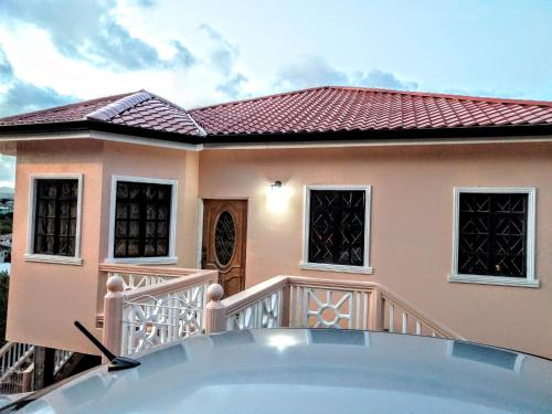Cedar View Vacation Home, Vieux Fort